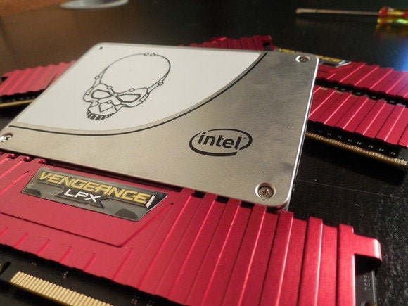 intel 730 ssd corsair vengeance lpx ddr4