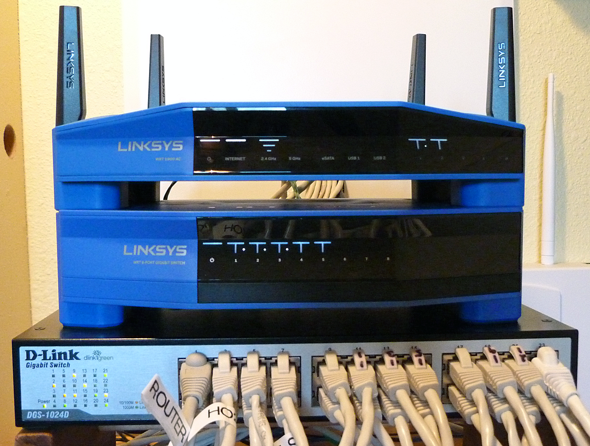 Linksys Wrt Se4008 Switch Complements Its Wrt1900ac Wi Fi