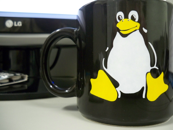 linux logo cup