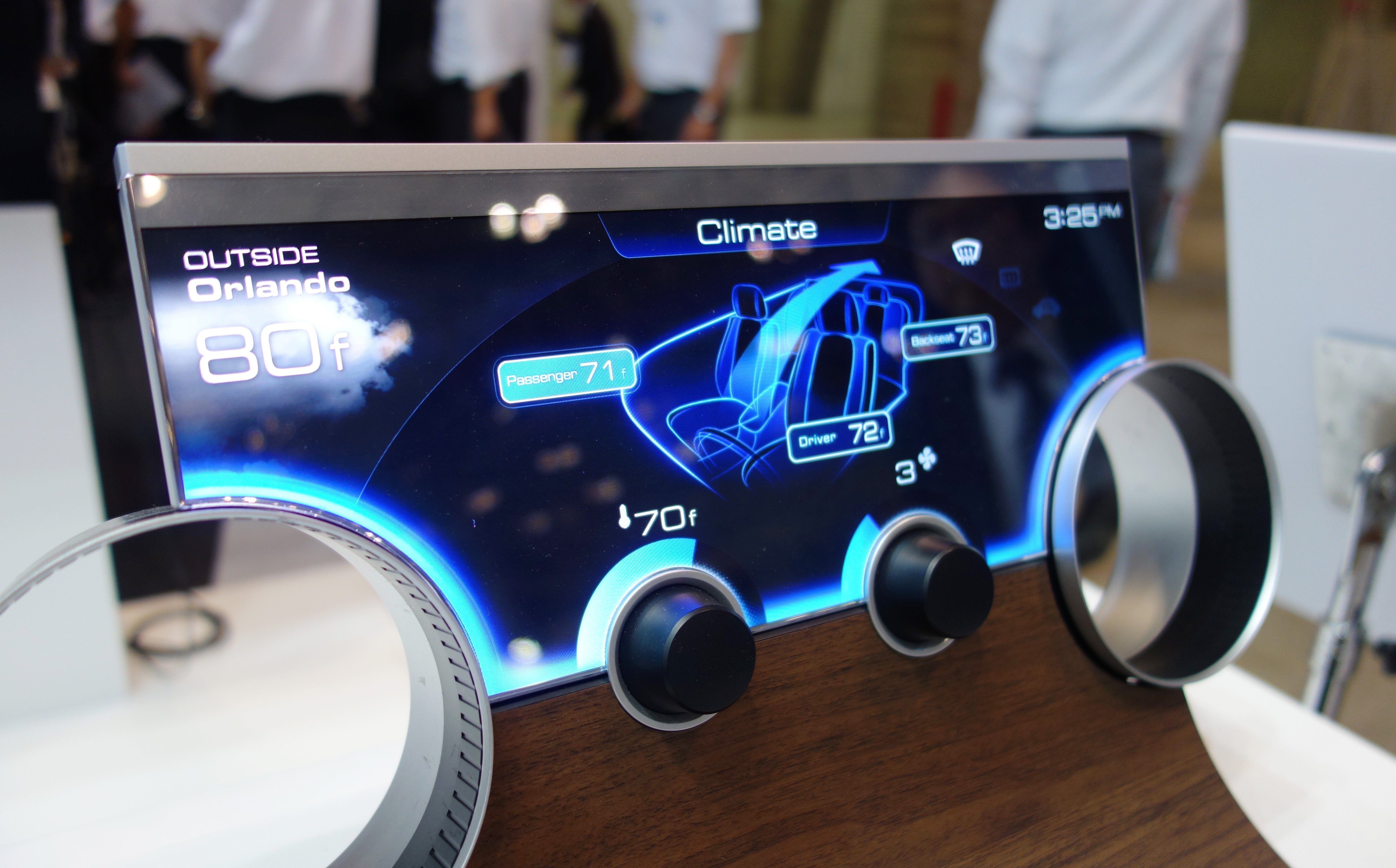 Sharp's funky new LCDs can be almost any shape, might wind up in ...