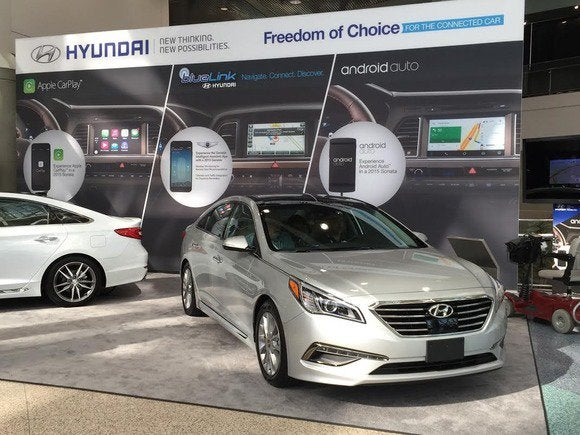 android auto apple carplay 2015 hyundai sonata la auto show
