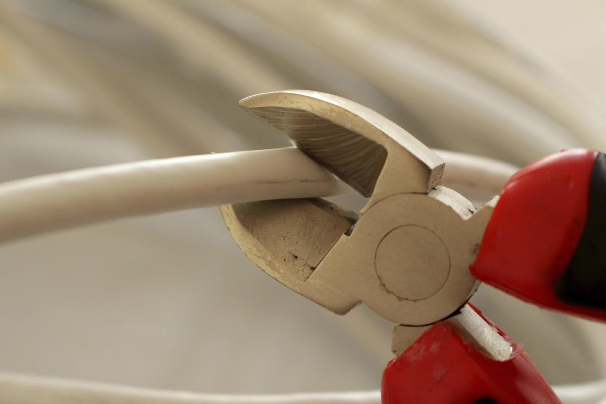 cordcutting pliers 1