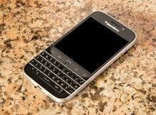 BlackBerry Classic death marks end of key(board) era