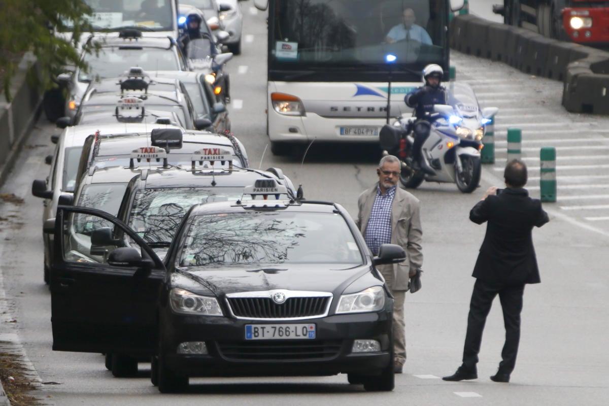 paris taxi drivers