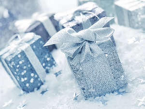 present gift snow holiday
