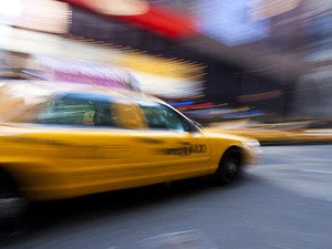 Need a ride? 3 ridesharing and 2 taxi apps considered