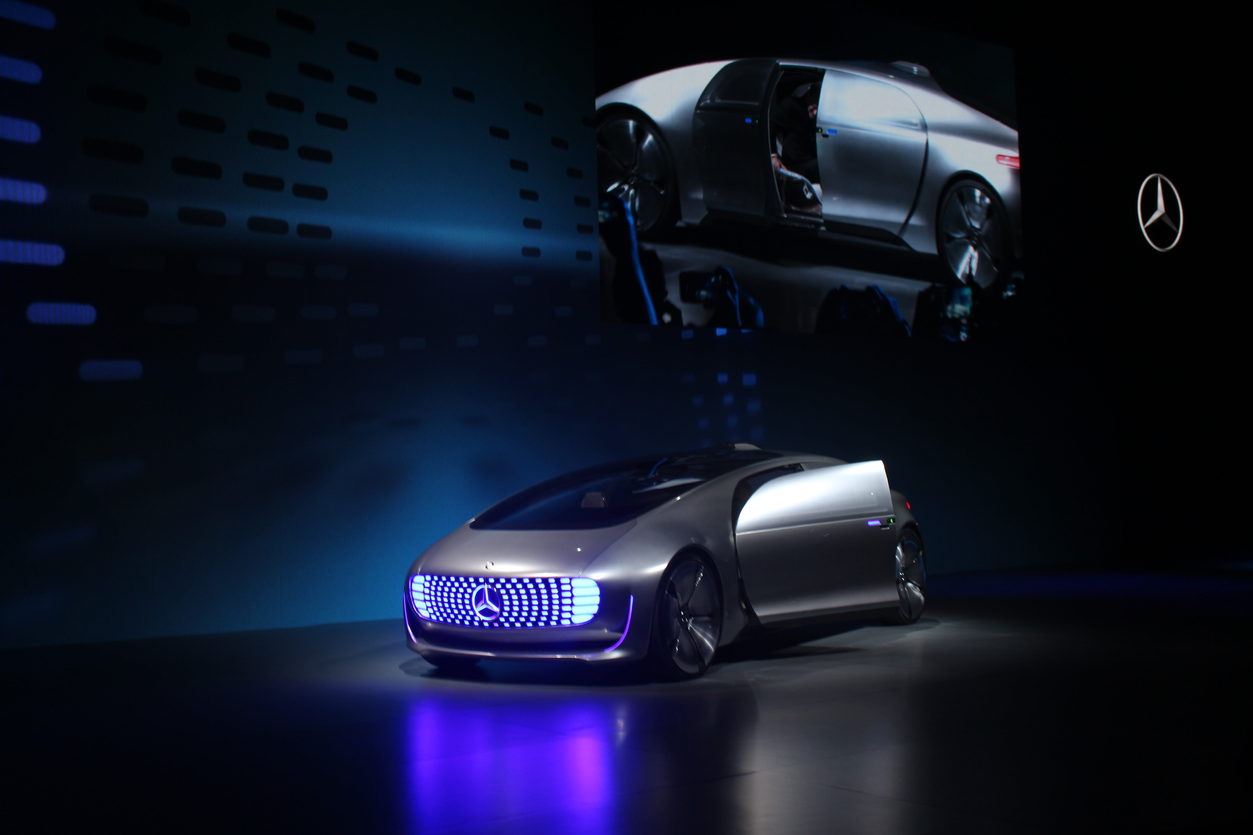 mercedes benz s f015 concept is a self driving hydrogen powered