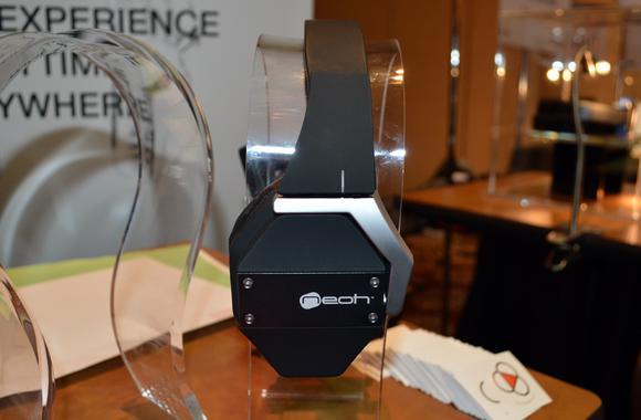 Neoh 3D Soundspace headphones