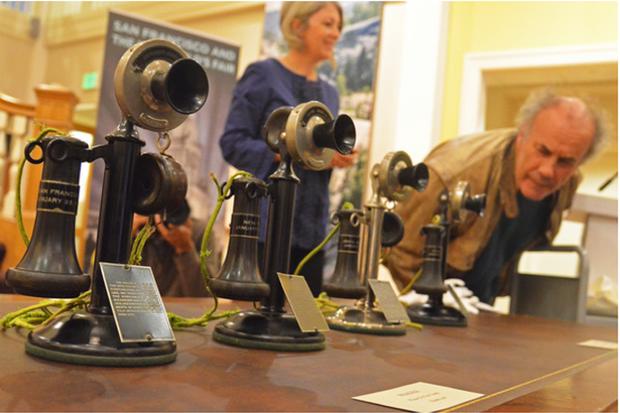 telephones antiques vintage