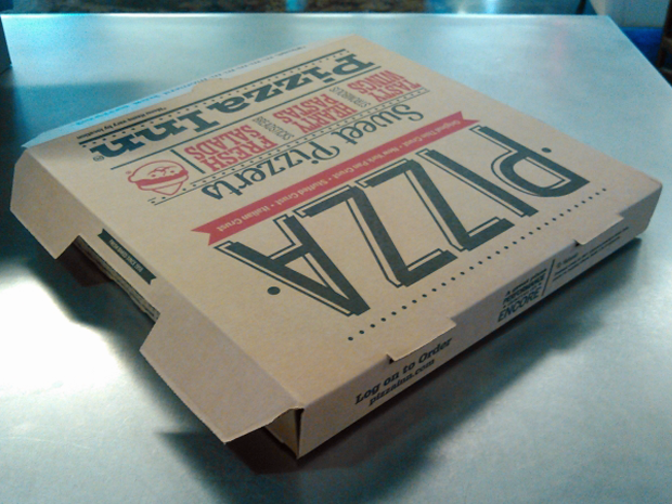DIY Google Cardboard VR viewer - pizza box