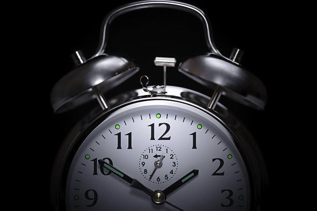 two oclock alarm time hour