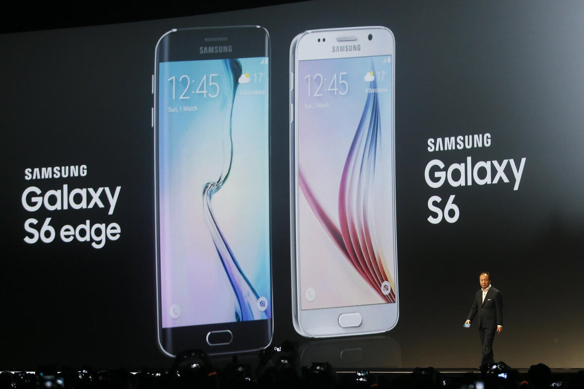 Samsung says pre-installed apps on Galaxy S6, Edge can't be