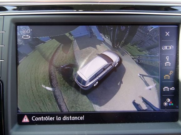french self-driving car parking camera