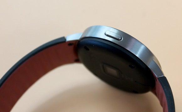 alcatel watch button