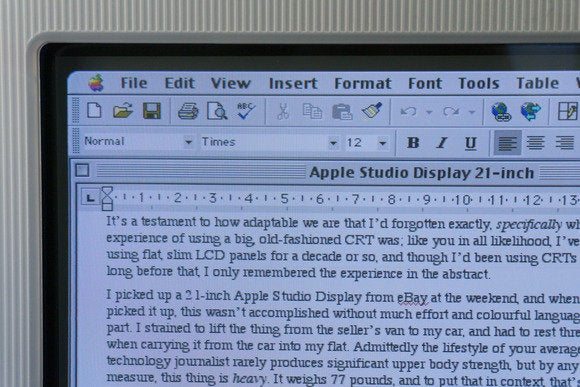 apple studio display 21 inch 03