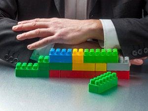 Report: CIOs neglect BPM in favor of trendier software