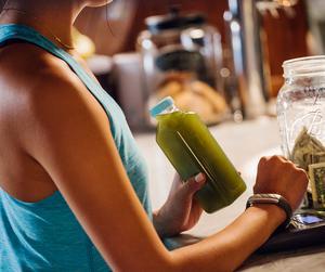 jawbone up4 lifestyle image 2