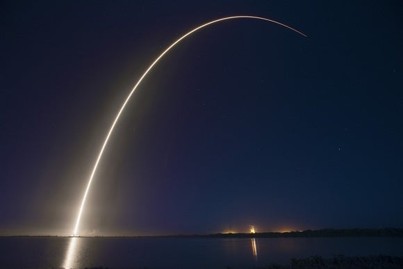SpaceX Plans to Return to Flight Next Week