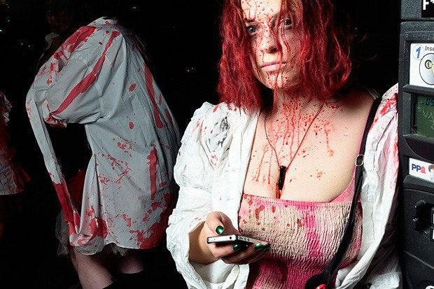 zombie texting