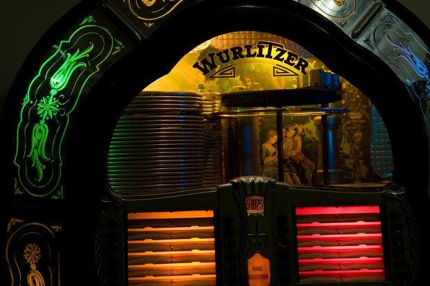 1947 Wurlitzer jukebox