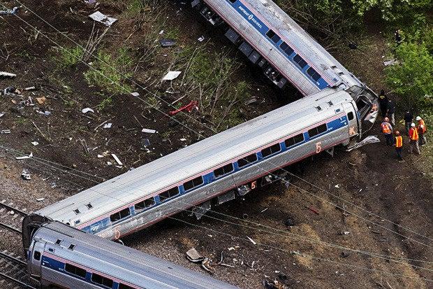 amtrak derailment train