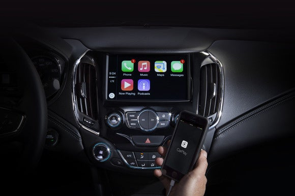 chevrolet apple carplay may 27 2015
