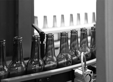green bottles line bw