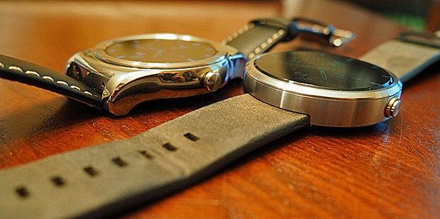 LG Watch Urbane, Moto 360 Size