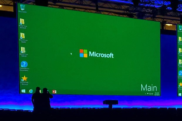 Microsoft releases new features Office 2016