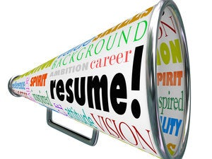 10 signs you need to update your resume