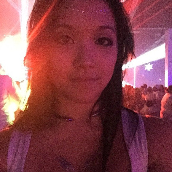 thelist selfies bad club selfie