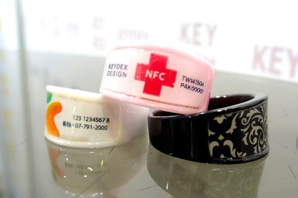 This NFC ring shares your profile or health info with a