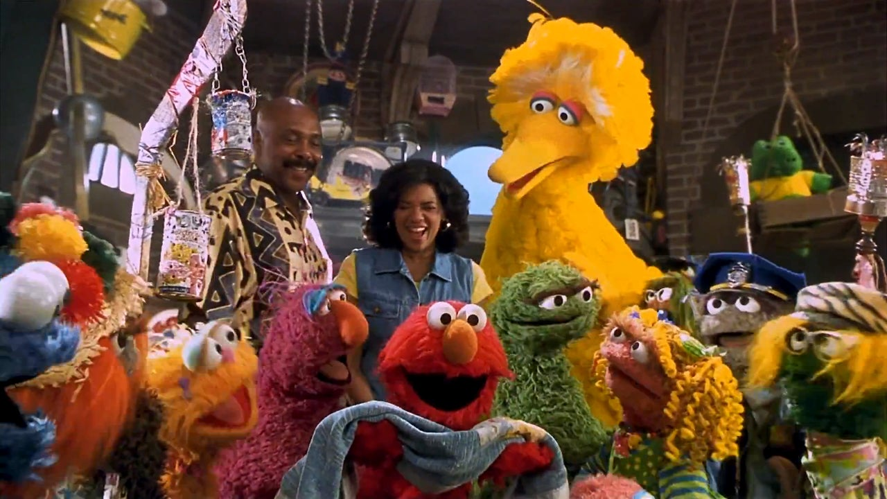 Yeah Oscar The Grouch 10000 Post Dth289r1h5wmu together with Crustiest Tv Curmudgeons Photos in addition Super Grouch likewise 836757 Gangsta Oscar The Grouch Wallpaper additionally Sesame Street Oscar Meme. on oscar the grouch trash