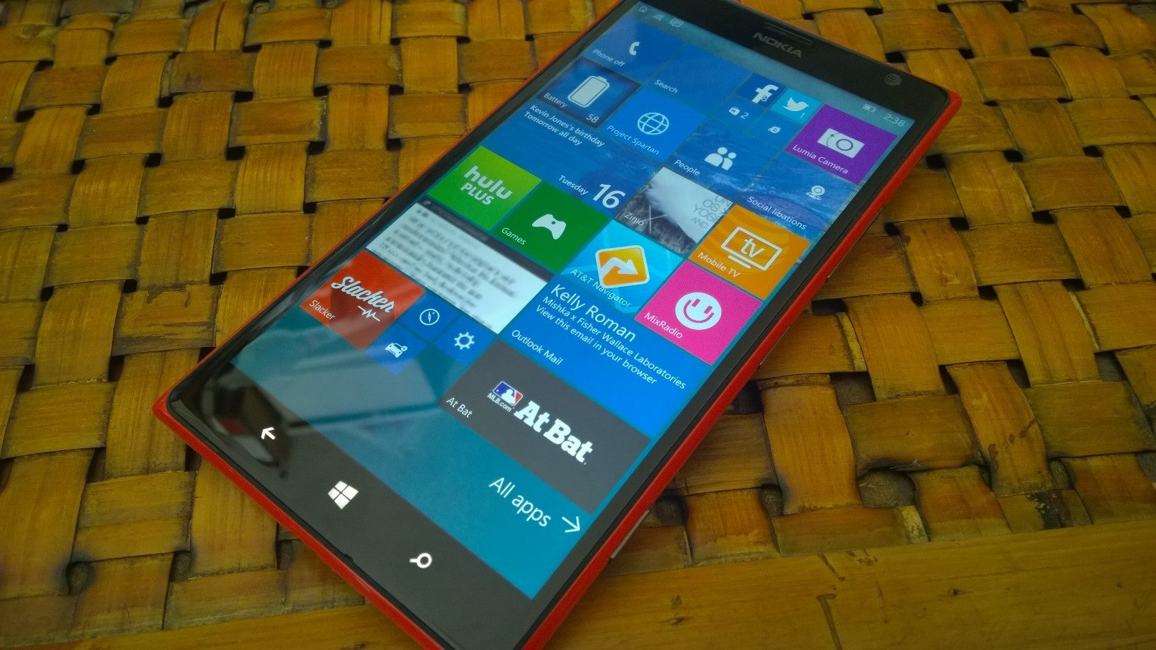 What to expect from your Windows 10 Mobile upgrade