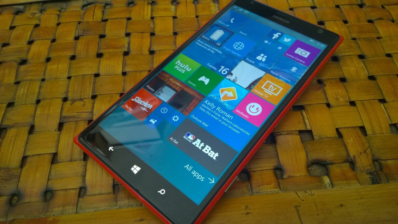 Windows 10 phones at t 2015 - Rumor Long Delayed Rollout Of Windows 10 For Older Phones Could Happen Thursday Pcworld