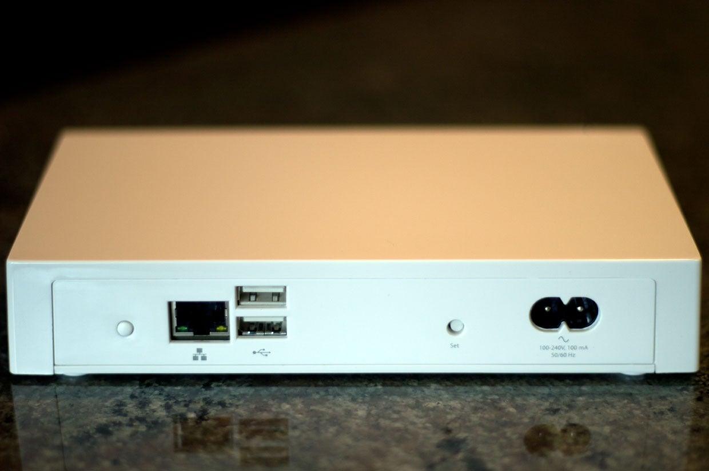 Battle Of The Homekit Hubs Lutron Caseta Versus Insteon Techhive 3 Way Switch Smart Hub Pro