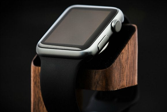 wood charging stand for apple watch walnut 4