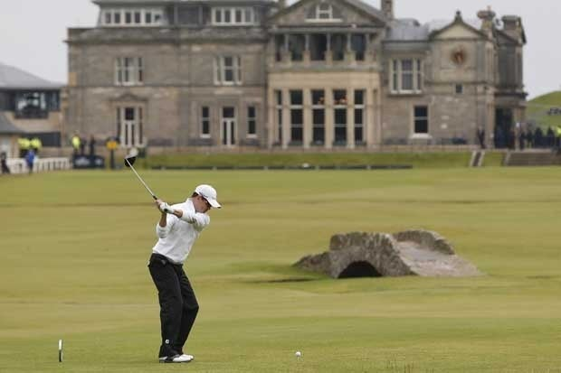 Zach Johnson hitting a tee shot at the British Open