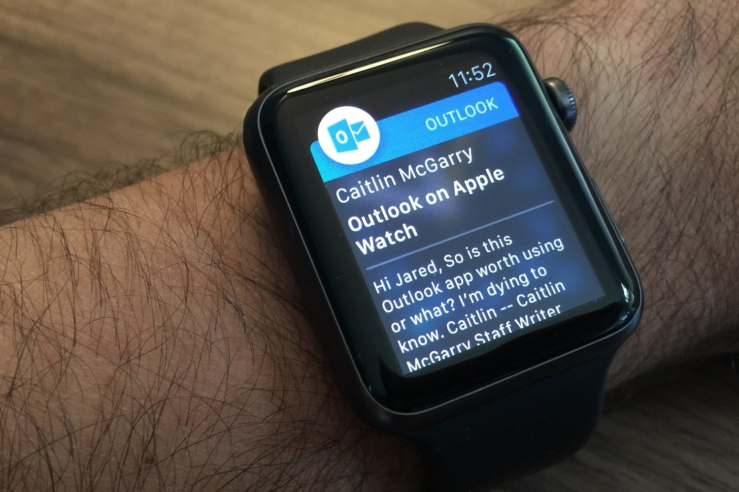Hands-on with Outlook for Apple Watch: Microsoft's app does