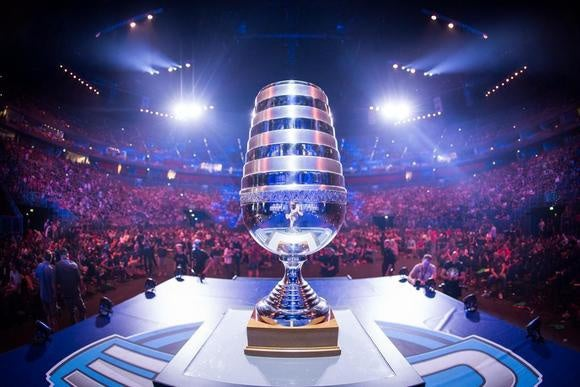 esl one trophy