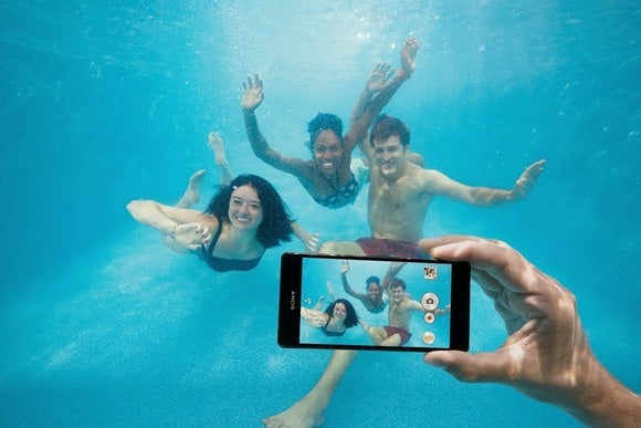Don't use waterproof Xperia phones underwater, Sony says | Greenbot