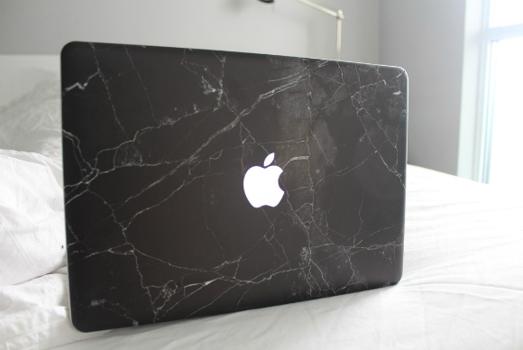 black marble macbook single photo 1024x1024