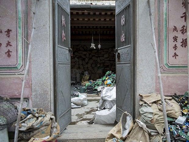 e waste dump china 10