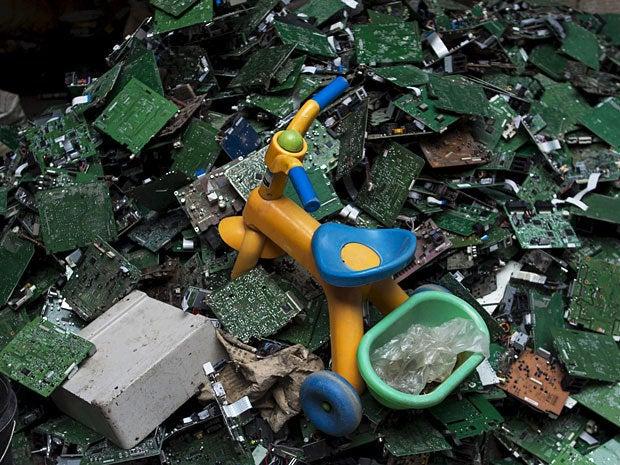e waste dump china 11