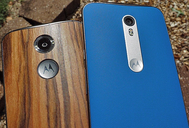 Moto X Pure Edition vs 2014 Moto X: Backs