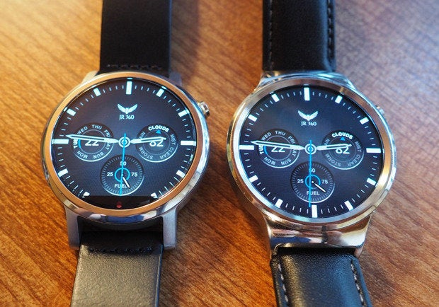 New Moto 360 vs Huawei Watch: Full Displays