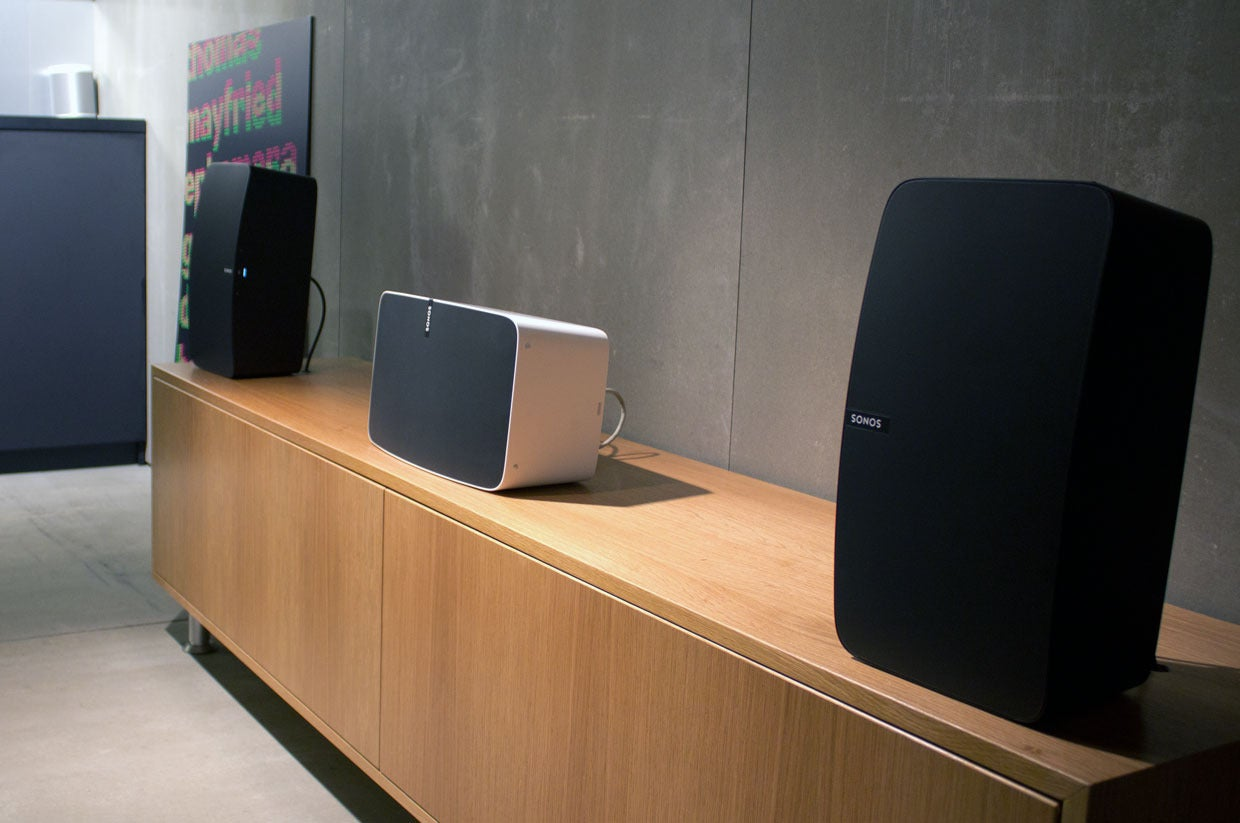 sonos redesigns its play 5 announces trueplay room tuning. Black Bedroom Furniture Sets. Home Design Ideas