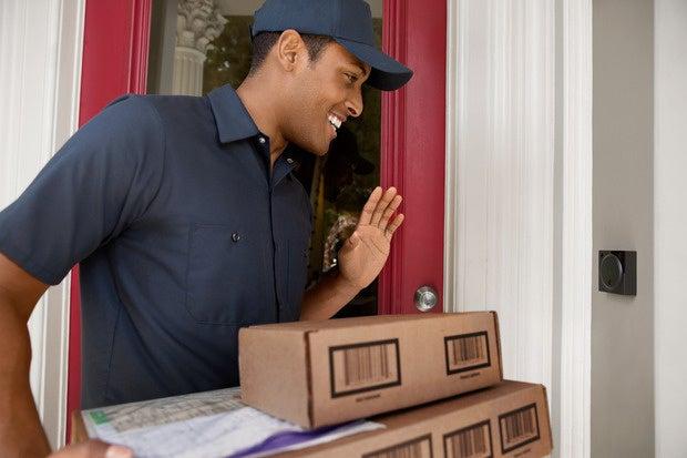 august doorbell cam delivery