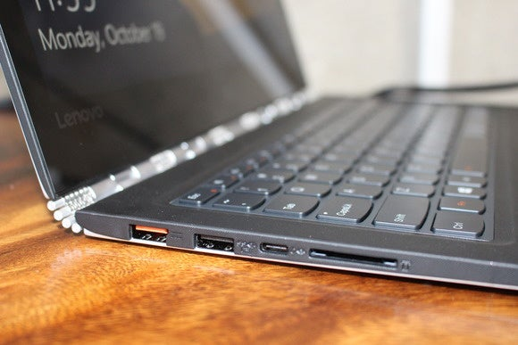 lenovo yoga 900 left detail oct 2015
