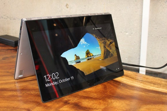 lenovo yoga 900 tent mode 3qtr oct 2015